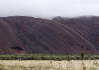UluruC19-9-10D200-04